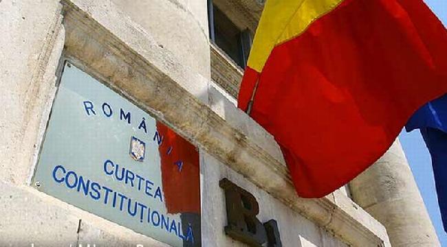 Poate Curtea Constituțională să desființeze starea de urgență?