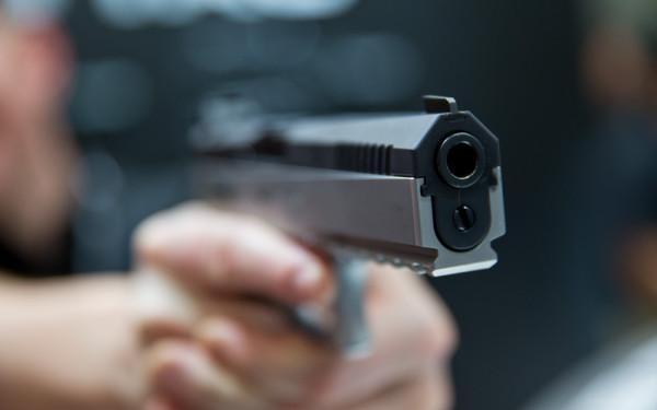 Poliția are nevoie de arme noi. Dar nu de foc