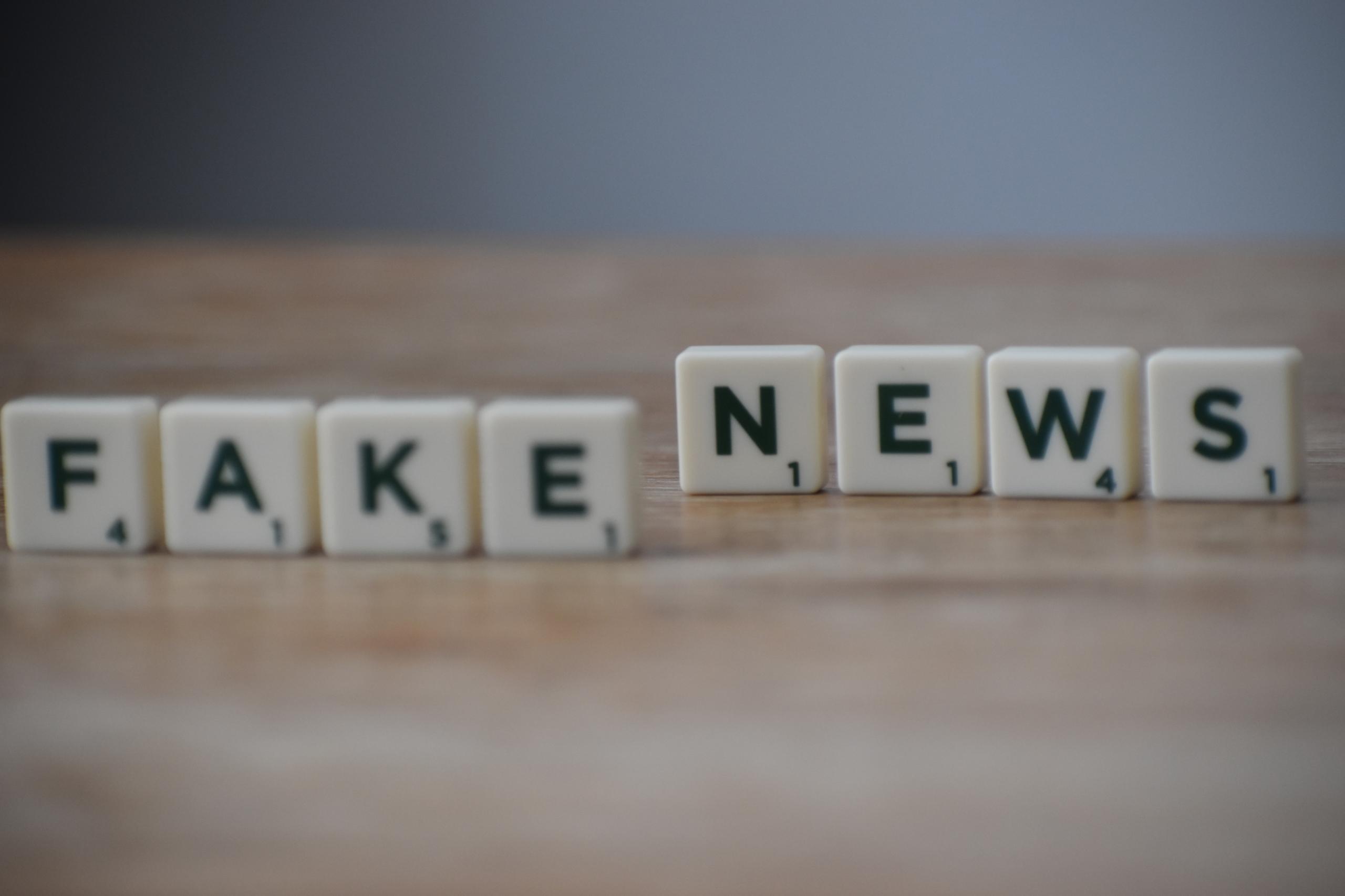 Sorin Roșca Stănescu publică știri false pe Corect News